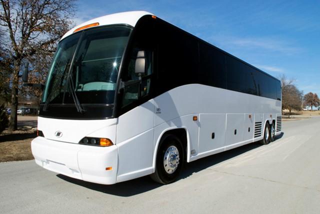 2011 MCI J4500 Coach Bus